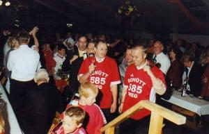 2005-koenigsball-schuett-weg-1