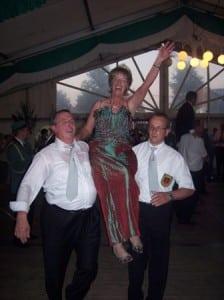 07-schuetzenfest-koenig-tanz-annemie