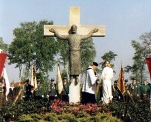 1997-Kreuzeinweihung-Friedhof