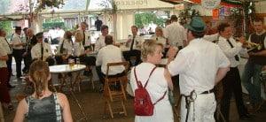 Schuetzenfest-2004-fruehschoppen-2[1]